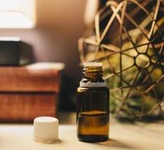 Tea Tree Oil: Benefits and Uses